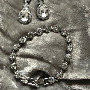 Givenchy Costume Bracelet Swarovski Crystal